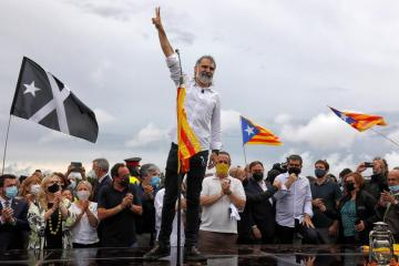 Pardoned separatists leave prison demanding freedom for Catalonia