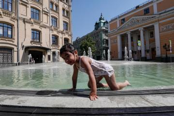 Photo Story: Record heatwave in Moscow