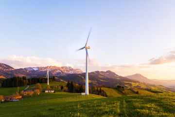 Swiss government proposes making new renewable energy targets binding
