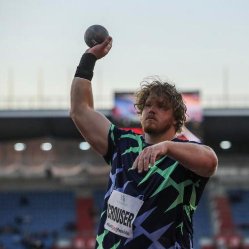 Electrifying kickoff to U.S. Olympic trials, world record shattered