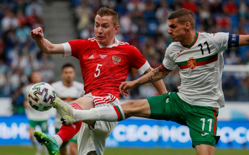 Sobolev penalty gives Russia 1-0 win over Bulgaria in Euro build-up