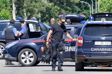 Two children and an old man killed in shooting incident near Rome