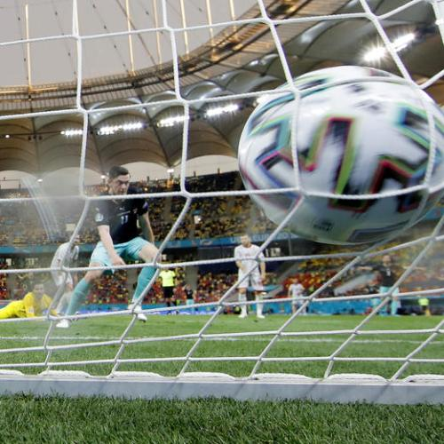 Austria beat North Macedonia in Group C