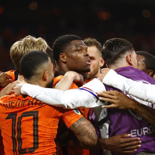 Dutch win after Ukraine fightback