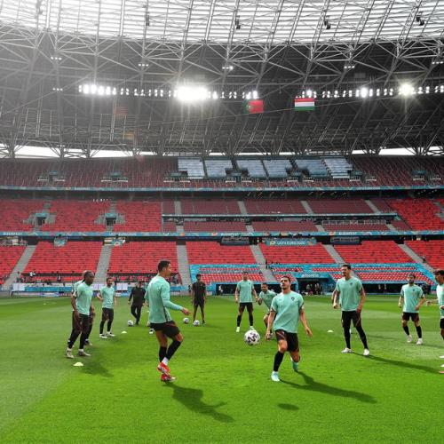 Underdogs Hungary relish chance of tough Euro challenge