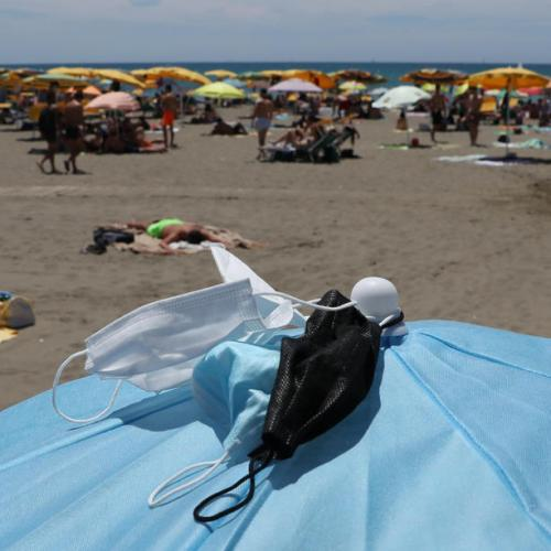 Italy becomes low-covid-19- risk 'white zone',  masks no longer compulsory outdoors