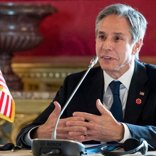 U.S. top diplomat meets with WHO chief, backs study into COVID-19 origins
