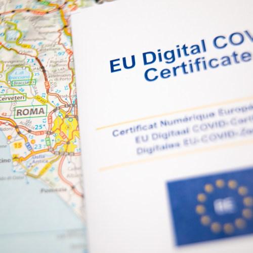 Italy breaks up fake EU COVID pass schemes