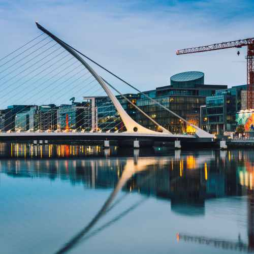 Ireland expects unemployment as high as 15% by year-end