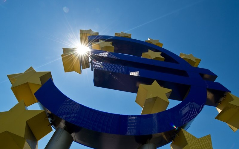 Euro zone inflation expectations hit highest level in years