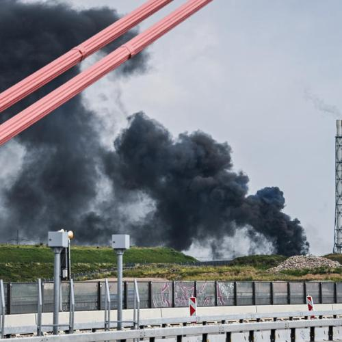 VIDEO: Five people missing after explosion in German chemicals site