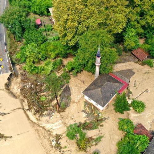 Flash floods sweep through northern Turkey in new natural disaster