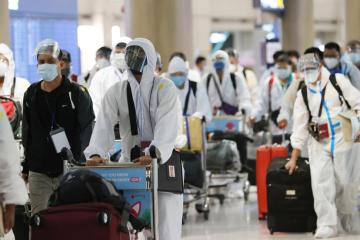 South Korea reports highest daily COVID-19 deaths for 2021, as severe cases rise