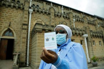 Africa's COVID-19 third wave stabilises as vaccine levels rise – WHO
