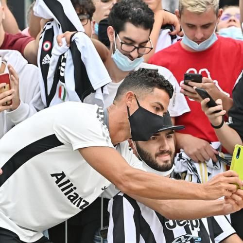 Ronaldo staying at Juventus to guarantee goals, says coach Allergi