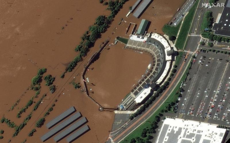 Nicholasweakens into tropical storm, battering Texas, Louisiana with rain