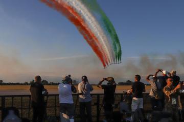 Photo Story: The 60th Anniversary of the Frecce Tricolori, Italy's Aerobatic Team