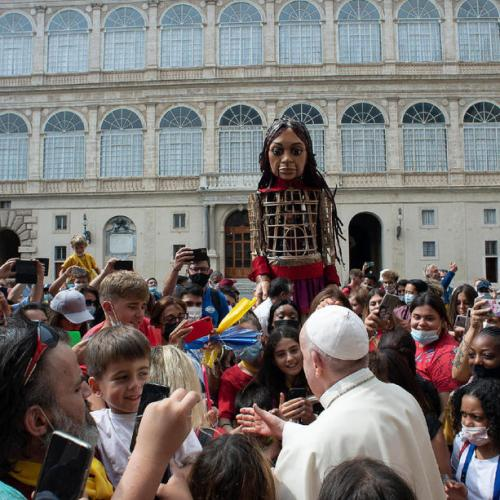 Photo Story: Pope Francis gives audience to the children of the Hospitality March