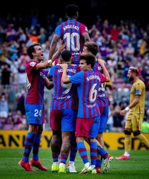 Ansu Fati scores on return as Barca cruise past Levante