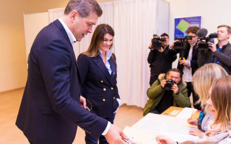 UPDATE – Iceland election: Ruling coalition expected to hold majority