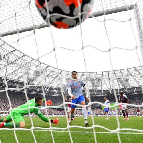 De Gea,Lingardearn dramatic late win for Man United