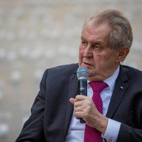 CzechpresidentZemantaken to hospital, waves to camera