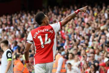 Odegaard curler gives Arsenal win at Burnley