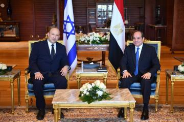 Israeli prime minister visits Egypt in first official trip for a decade