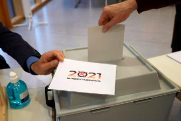 FACTBOX-Germany's election in polls, facts and figures