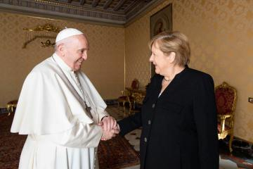 Photo Story: German Chancellor Angela Merkel in Vatican on farewell visit
