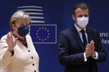 Auf Wiedersehen: Merkel attends her swan song EU summit – probably
