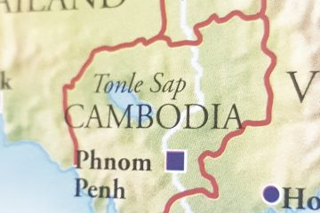 Cambodia passes law barring dual citizenship for holders of top posts