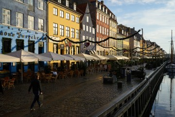 Denmark to ban violent offenders from night-life 'no go' zones