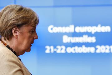 UPDATED: Germany's Merkel says EU needs to reach agreement on Poland, migration
