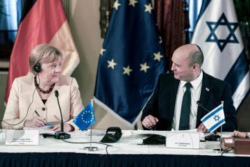 UPDATE – Merkel vows German commitment to Israel in farewell visit