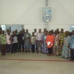 Photo de famille entre CDEL, le cadre de concertation  des OSC et les autorités de la mairie