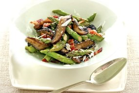 Healthy Summer Recipes: Portobellos and Asparagus