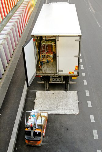 Cargo Theft Traditionally Increases During Holiday Season