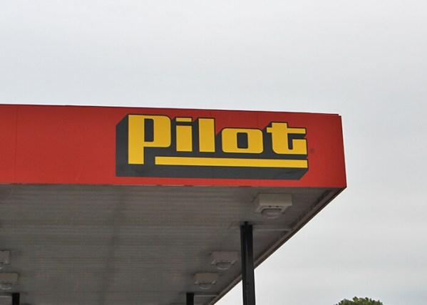 Haslam Undergoes 8 Hour Deposition On Diesel Fuel Rebate Scandal