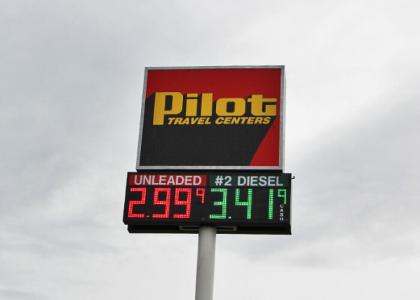 "Pilot Flying J Honors Three Professional Drivers With ""Road Warrior"" Award"