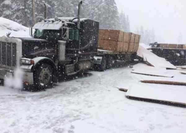 Westbound I-90 Through Snoqualmie Pass Closed For Lumber Truck Crash