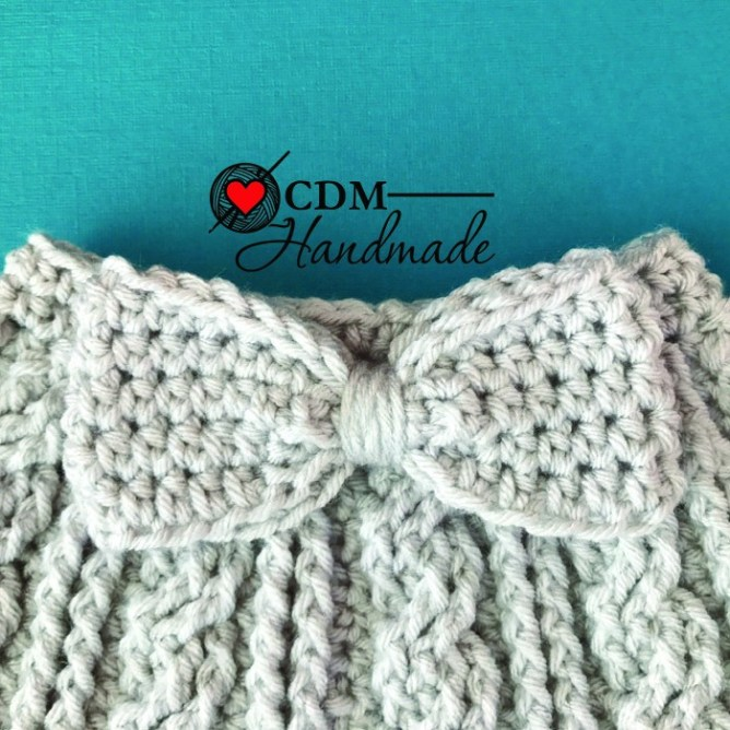 cabled messy bun bow hat bow