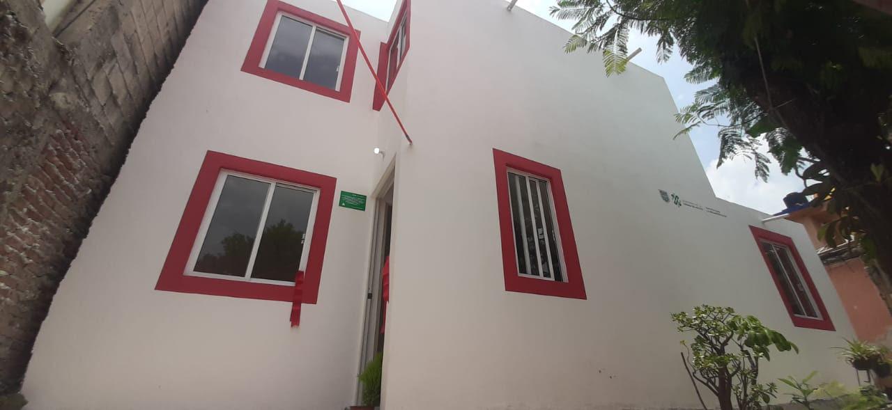 La Comision para la Reconstruccion de la Ciudad de Mexico entrego este jueves seis viviendas reconstruidas en las Alcaldias Alvaro Obregon y Gustavo A. Madero