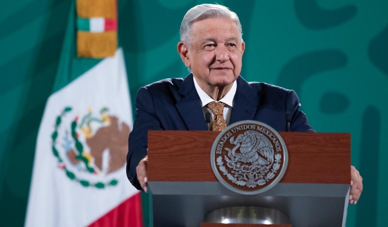 Al final del sexenio se entregaran 2 mil km de vias ferreas para trenes de pasajeros anuncia Lopez Obrador