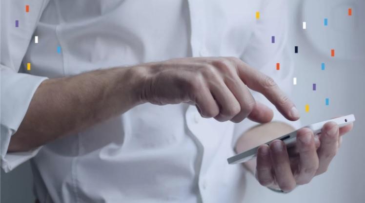 Investigacion de Flybits revela la tension digital entre las organizaciones y sus clientes digitales en