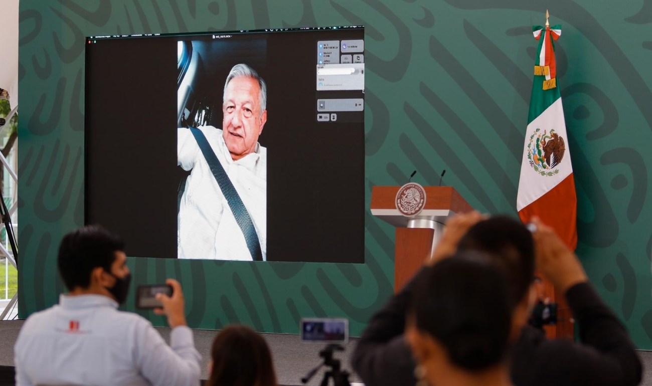 Lopez Obrador llama a CNTE a dialogar con SEP y refrenda respeto a la libre manifestacion no se sometera a presiones de grupos afirma