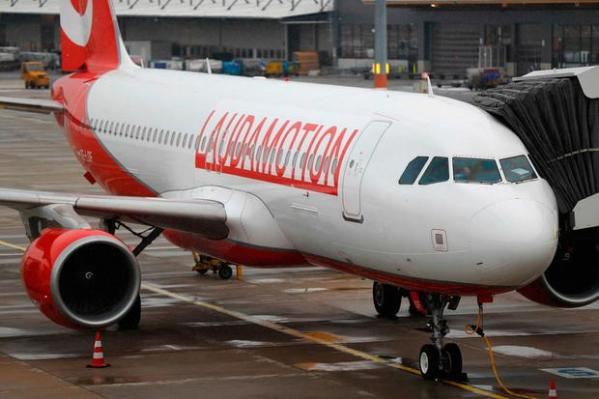 Ryanair buys into F1 legends Laudamotion Independentie