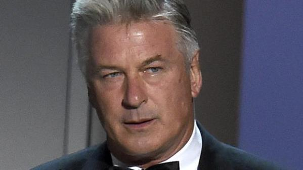 Alec Baldwin urges voters to 'overthrow' Trump government ...