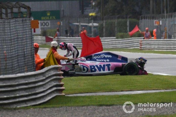 Sergio Pérez, Racing Point RP19, golpea las barreras
