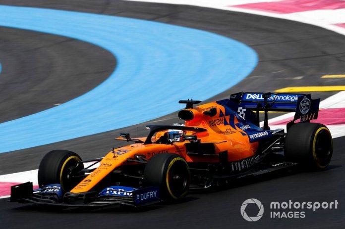 McLaren - 225 millones